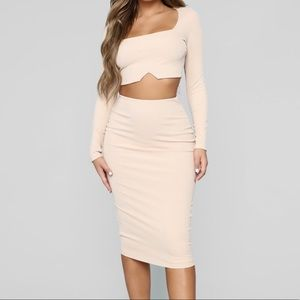 Cute Long-sleeve Crop and Skirt set